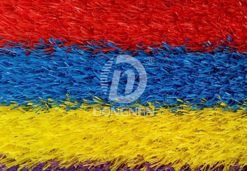四色彩虹人造草坪跑道
