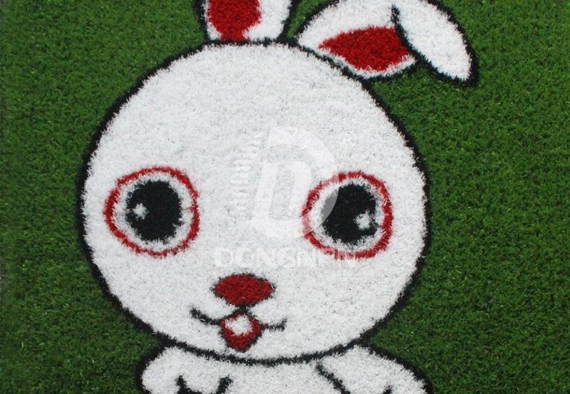 人造生肖兔卡通草坪